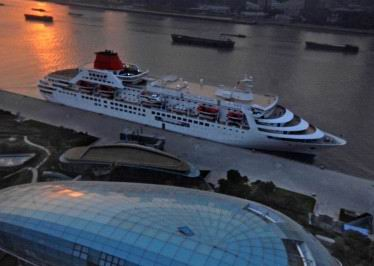 Pre-cruise and after-cuise Shanghai tour