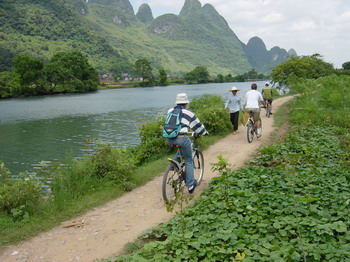 Bike tour in Yangshuo