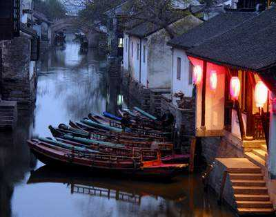 One Day Shanghai-Zhouzhuang Village-Shanghai Tour